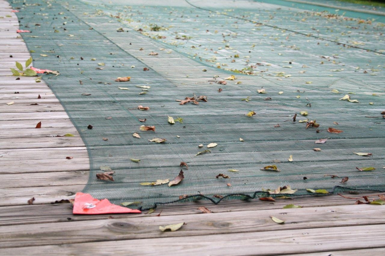 Quel filet anti-feuilles piscine choisir ?